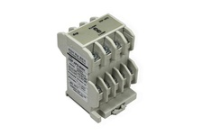 Reverse phase protection relay