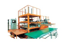 Automatic Vacuum Forming Machine (For Large Size Board)